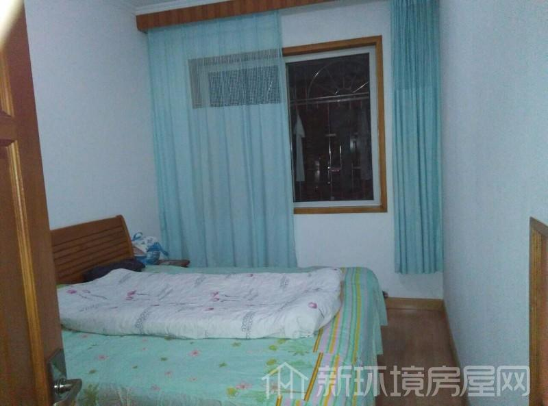 广济苑公寓 4室2厅2卫 208.0万