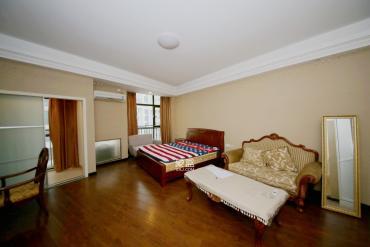 铂宫  1室1厅1卫    88.0万