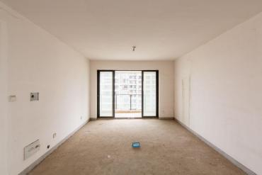 融科東南海  5室2廳2衛    185.0萬