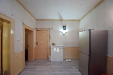 湖南省歌舞剧院宿舍  2室2厅1卫    90.0万
