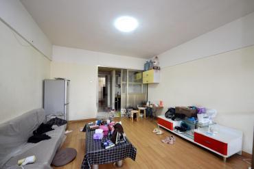 東方公寓  1室1廳1衛    39.0萬