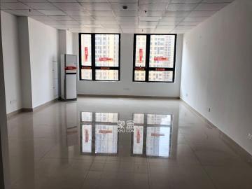 万达写字楼  1室0厅0卫    2300.0元/月