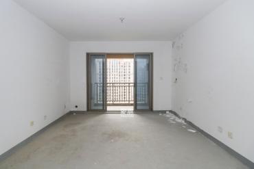 濱江新城品質樓盤 世茂 萬科 毛坯4室