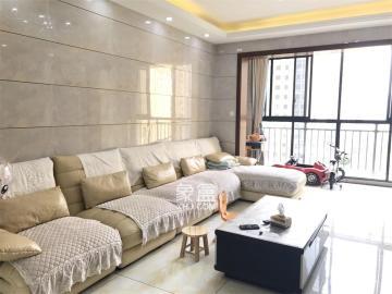新桂广场  3室2厅2卫    98.0万