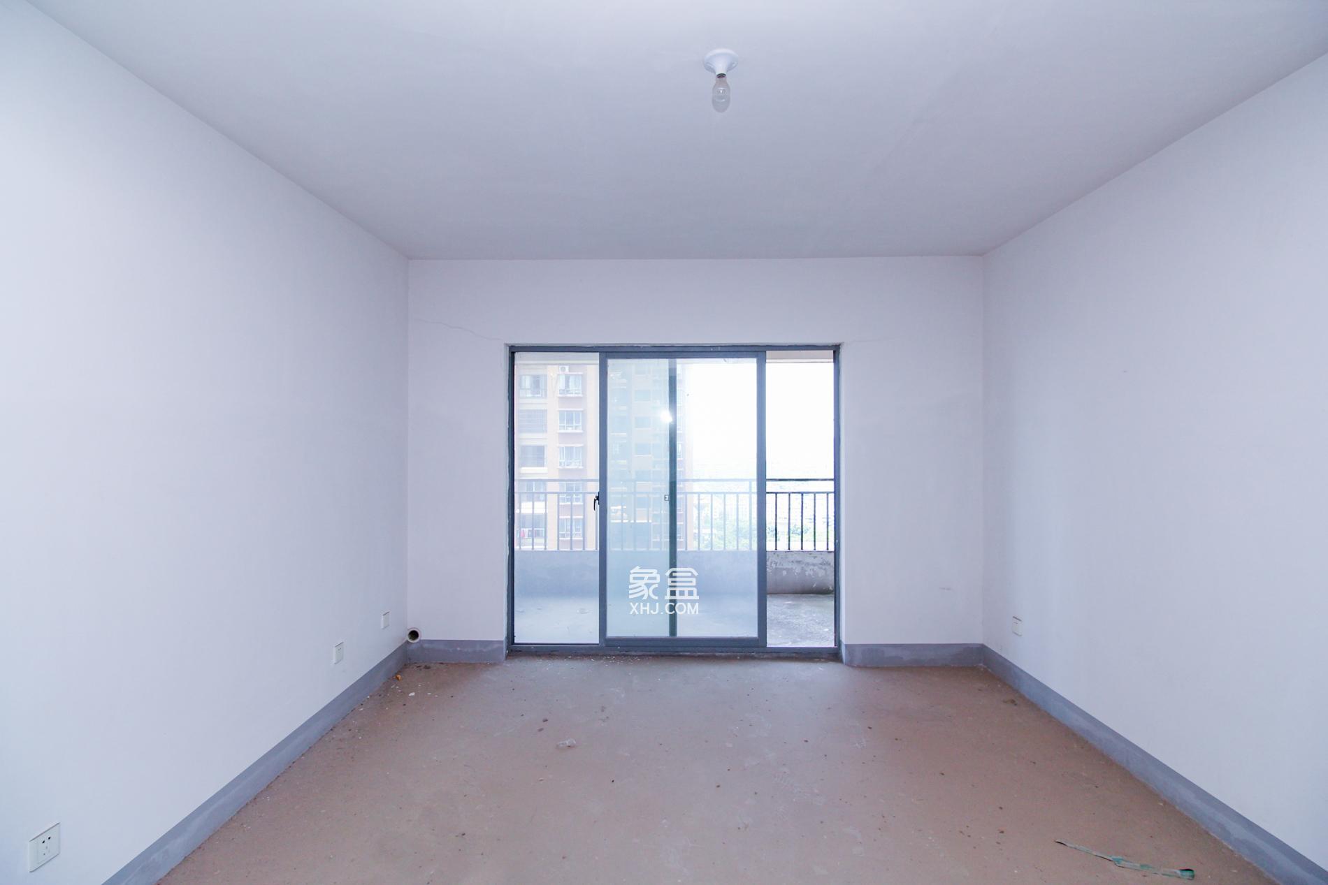 上海城的大四房 单价不到11000,方便看房