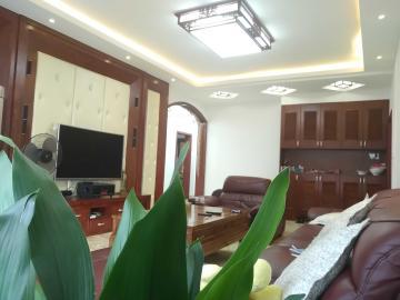 市政府东方红公园湖湘林语电梯全新精装3房带全部家电带车位一个