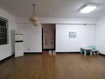 摩登摩天芦淞路61号  1室1厅1卫    1500.0元/月