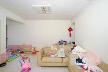 怡海星城  2室2厅1卫    63.0万