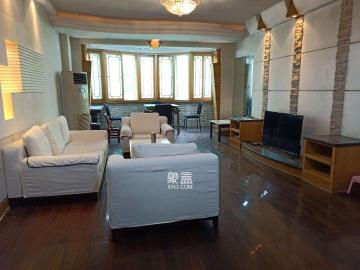 新華聯家園  3室2廳2衛    3200.0元/月