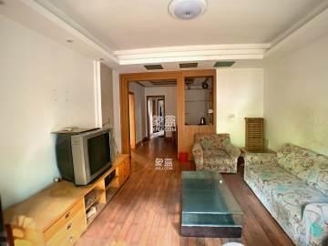 **中间楼层三房 全新装修 随时可看  手上还有其他房源