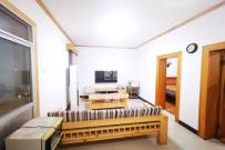 三号线东塘站 随时看房 两室两厅