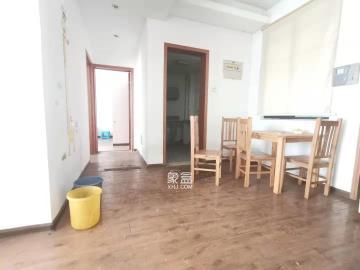 湘江世紀城 精裝兩房 靠近購物中心  隨時看房 家具家電齊全