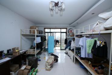 世嘉國際華城  3室2廳2衛    160.0萬