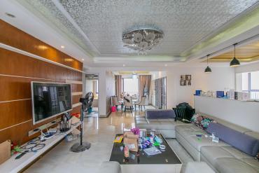 華潤鳳凰城二期  4室2廳2衛    180.0萬
