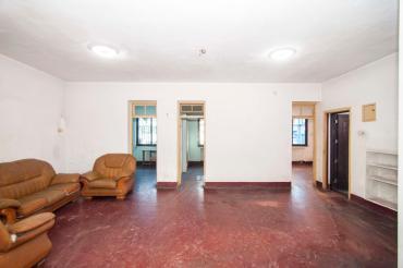 经视台宿舍  3室2厅1卫    78.0万