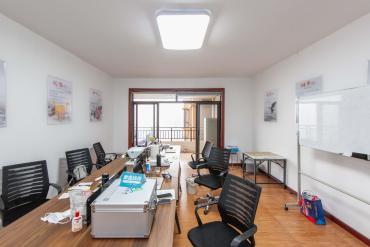 融科檀香山(融科紫檀、香山國際)  4室2廳1衛    200.0萬