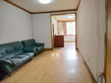 人民西路散盤  3室2廳1衛    2200.0元/月