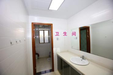 枫林绿洲  3室2厅1卫    2000.0元/月