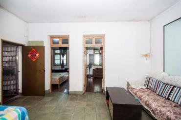 劳动路380号(建设银行宿舍)  3室2厅1卫    65.0万