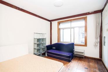 迎龙阁公寓  3室2厅1卫    86.0万