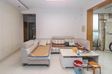 龙王港社区  3室2厅1卫    106.0万