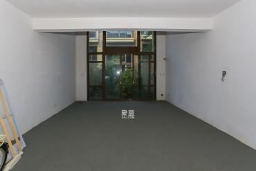 盈峰翠邸  5室2厅1卫    200.0万