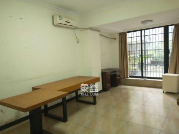 百納公寓,2樓帶大露臺,適合做生意,辦公。