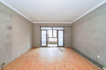 HC新城(建工集团单位房)  4室2厅2卫    215.0万