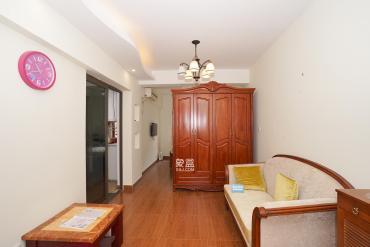 房東誠心出售,低于市場價大幾萬,喜不喜歡看了才知道,便不便宜