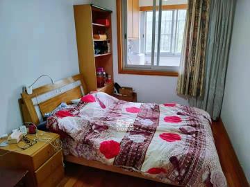 湘卫花苑  3室2厅1卫    2400.0元/月