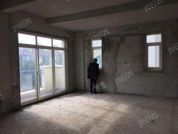 蔚蓝海岸  6室3厅4卫    1500.0万