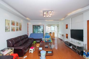 山水庭院  3室2厅2卫    105.0万