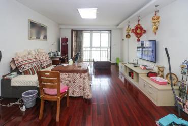 西湖公園 3室2廳2衛 雙向地 鐵口 王府井 步步高