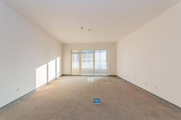 北辰三角洲  4室2廳2衛    320.0萬