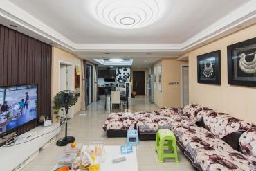 融科东南海  4室2厅2卫    220.0万