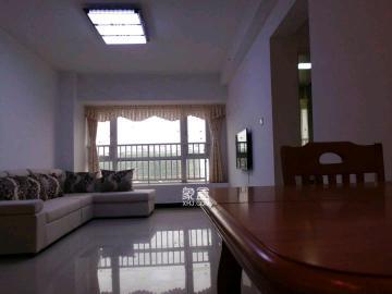 新长海广场  2室2厅1卫    2000.0元/月