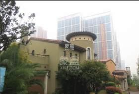 湘龙小学隔壁好望谷电梯两房,家电齐全随时可看!位置安静好居家