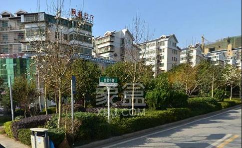 恩瑞麓山名园(龙王港小区)