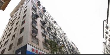 东湖名居  3室2厅1卫    92.0万