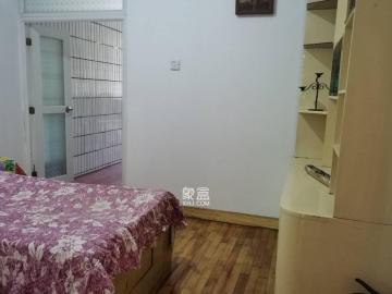 粮油仓库宿舍  3室2厅1卫    1300.0元/月