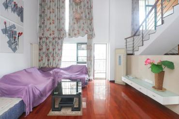 三層復式樓 可看江景  博才本部學校 園林式小區 緊鄰雙地鐵