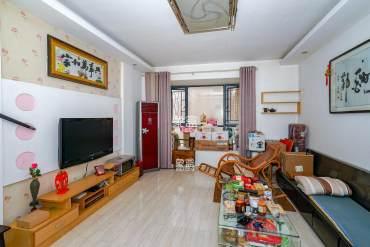 标志浪漫满屋(枫景公寓)  2室2厅1卫    88.0万