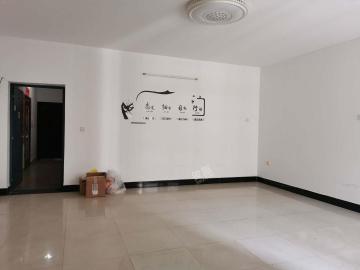 国华公寓  4室2厅1卫    4300.0元/月