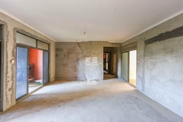 新地东方明珠(珠江东方明珠)  4室2厅2卫    125.0万