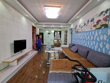 F区 出入方便 居家三房 接受合租 业主好说话