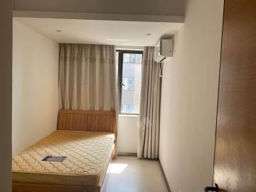 专家公寓  3室2厅2卫    160.0万