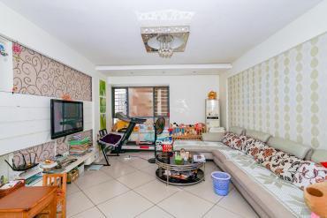 標志浪漫滿屋(楓景公寓)  3室2廳2衛    135.0萬