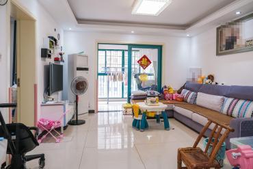 蝴蝶谷  精装两房 居家装修 中间楼层 可拎包入住