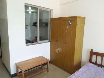 和平城市广场  1室1厅1卫    1400.0元/月
