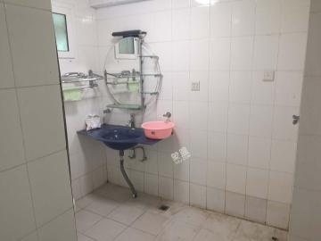 海南国际贸易商务大厦  3室2厅1卫    160.0万